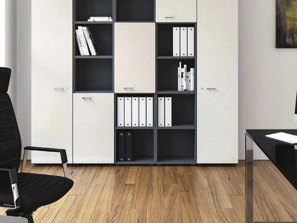 Les documents de bureau dans une armoire forte